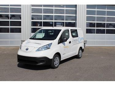 NUFA53_939647 vehicle image