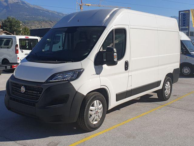SEDU206_1208121 vehicle image
