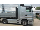 JAQU922_1187069 vehicle image