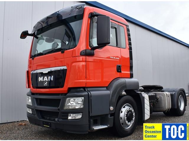 TOC1273_1118830 vehicle image