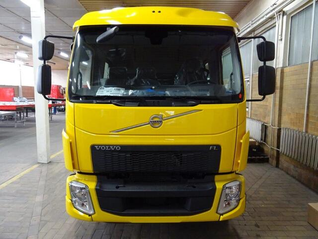 EURO7442_1124663 vehicle image