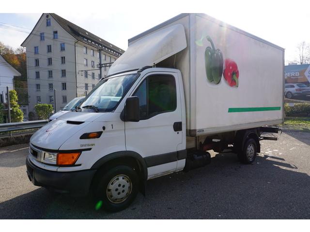 LIEZ3222_1059818 vehicle image