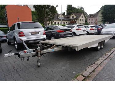 LIEZ3222_1014401 vehicle image