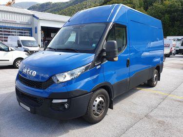 SEDU206_1079022 vehicle image