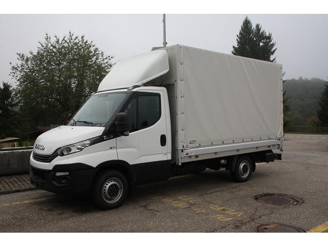 SOMM2698_914065 vehicle image