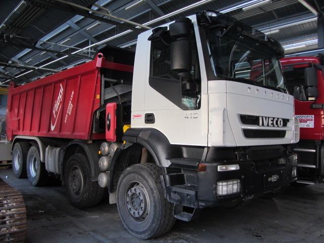 JAQU922_649269 vehicle image