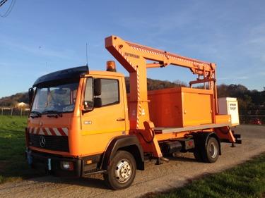 MART227_644257 vehicle image