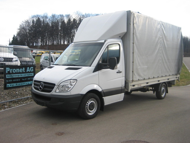 PRON1188_684912 vehicle image