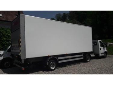 SOMM2698_751989 vehicle image