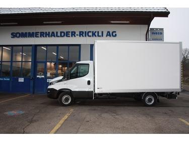 SOMM2698_687746 vehicle image