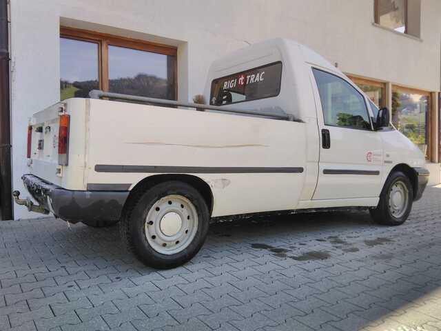 LENK204_1162856 vehicle image