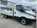STUD177_1197534 vehicle image
