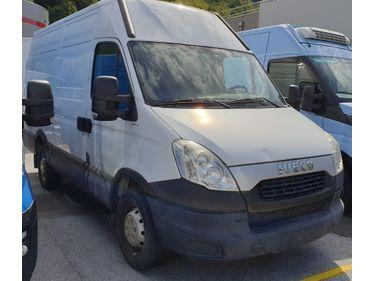 SEDU206_1208716 vehicle image