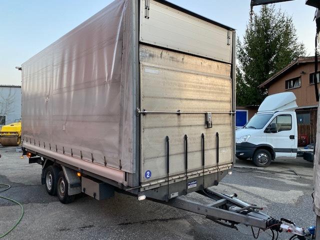 CHAR2826_1149392 vehicle image